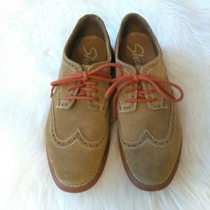 Skechers Groove Lite Tan Suede Oxfords Size 8.5